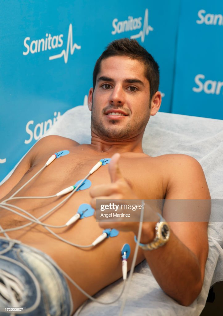 <a gi-track='captionPersonalityLinkClicked' href=/galleries/search?phrase=Isco&family=editorial&specificpeople=5848609 ng-click='$event.stopPropagation()'>Isco</a> attends a Real Madrid medical before his official presentation as a new Real Madrid player at Sanitas La Moraleja Hospital on July 3, 2013 in Madrid, Spain.