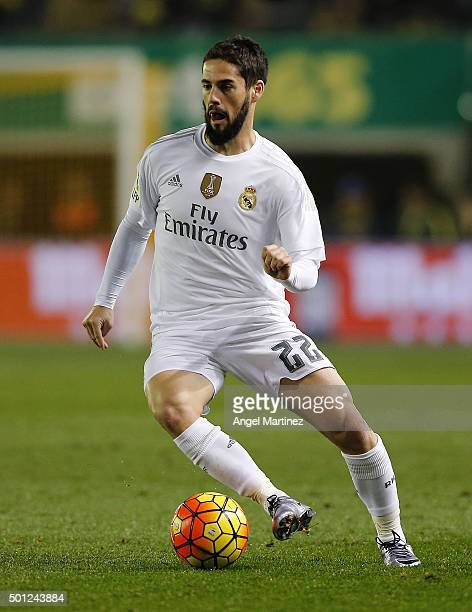 Isco of Real Madrid in action during the La Liga match between Villarreal CF and Real Madrid CF at El Madrigal on December 13 2015 in Villarreal Spain