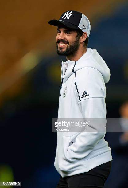 Isco of Real Madrid looks on prior the La Liga match between Villarreal CF and Real Madrid at Estadio de la Ceramica on February 26 2017 in...
