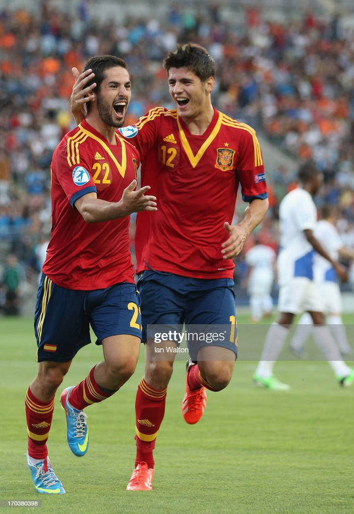 <a gi-track='captionPersonalityLinkClicked' href=/galleries/search?phrase=Isco&family=editorial&specificpeople=5848609 ng-click='$event.stopPropagation()'>Isco</a> of Spain celebrates scoring the 2nd Goal during the UEFA European U21 Championships Group B match between Spain and Netherlands at Ha Moshava Stadium on June 12, 2013 in Petah Tiqwa, Israel.