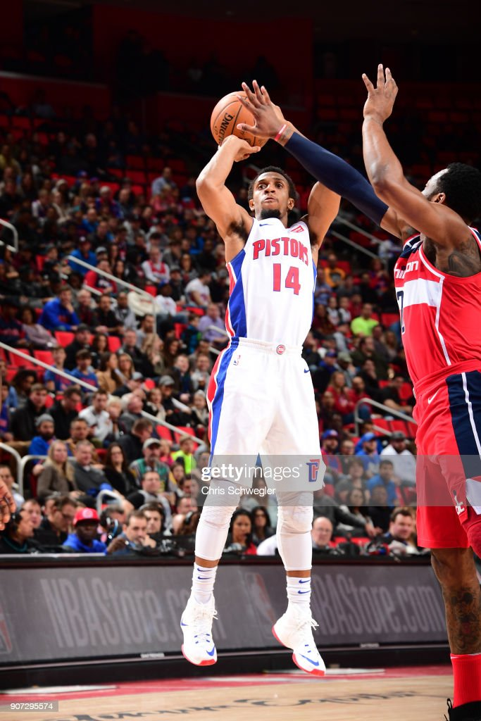 Ish Smith #14 of the Detroit Pistons shoots the ball against the Washington Wizards on January 19, 2018 at Little Caesars Arena in Detroit, Michigan.