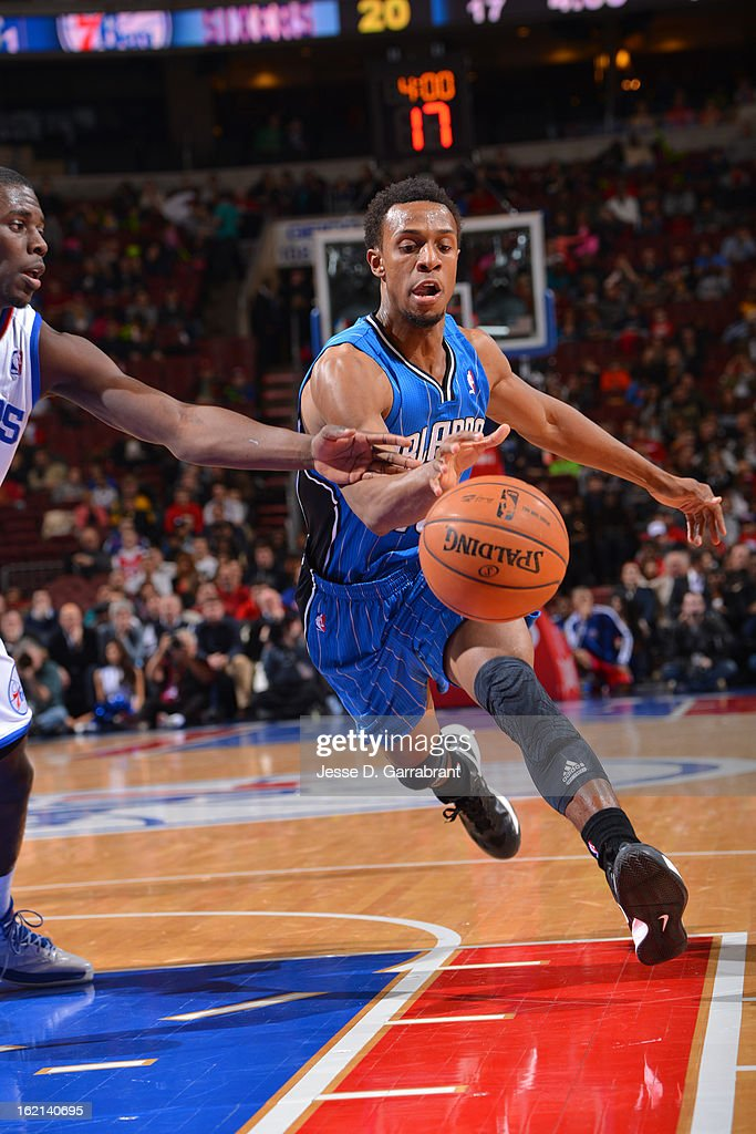 Ish Smith #10 of the Orlando Magic drives to the basket against the Philadelphia 76ers at the Wells Fargo Center on February 4, 2013 in Philadelphia, Pennsylvania.