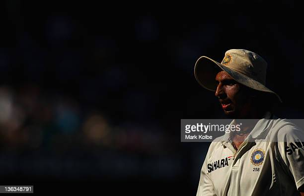 Ishant Sharma of India walks into the outfield during day one of the Second Test Match between Australia and India at the Sydney Cricket Ground on...