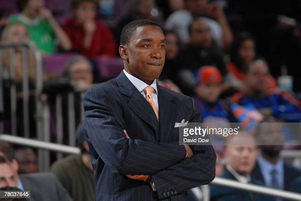 Isiah Thomas Head Coach of the New York Knicks watches during the game against the Golden State Warriors on November 20 2007 at Madison Square Garden...