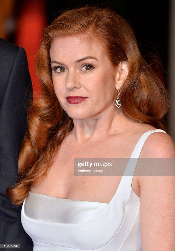 <a gi-track='captionPersonalityLinkClicked' href=/galleries/search?phrase=Isla+Fisher&family=editorial&specificpeople=220257 ng-click='$event.stopPropagation()'>Isla Fisher</a> attends the EE British Academy Film Awards at The Royal Opera House on February 14, 2016 in London, England.