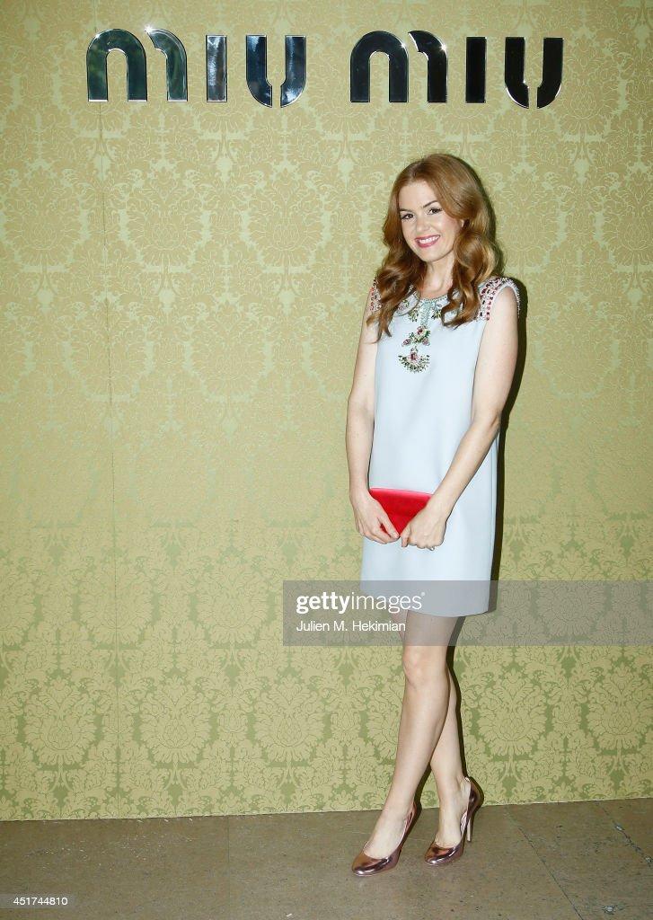 <a gi-track='captionPersonalityLinkClicked' href=/galleries/search?phrase=Isla+Fisher&family=editorial&specificpeople=220257 ng-click='$event.stopPropagation()'>Isla Fisher</a> attends the Miu Miu Resort Collection 2015 at Palais d'Iena on July 5, 2014 in Paris, France.