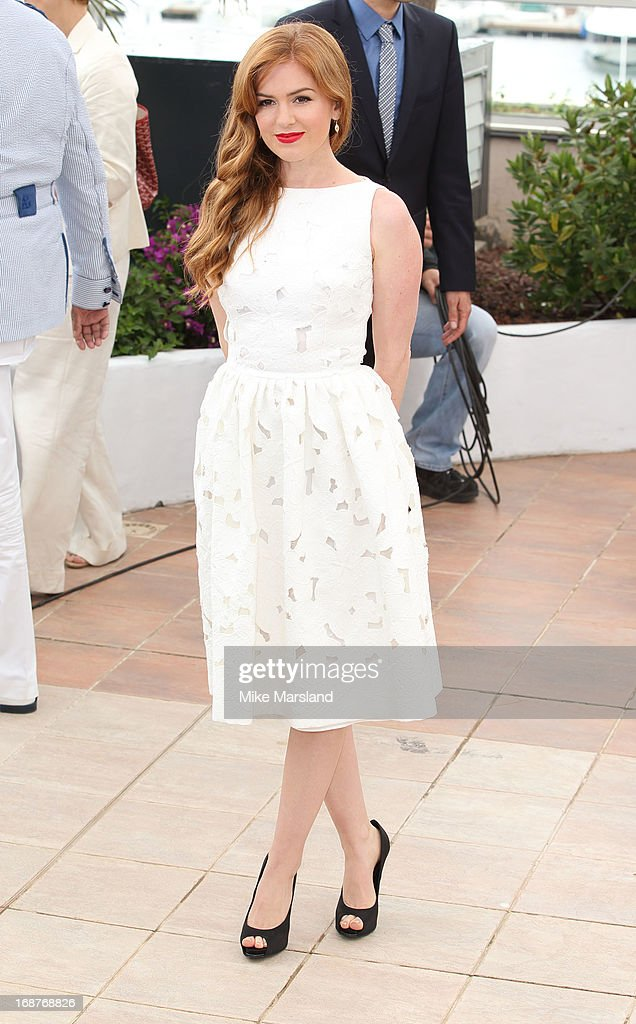 Isla Fisher attends the photocall for 'The Great Gatsby' at The 66th Annual Cannes Film Festiva at Palais des Festivals on May 15, 2013 in Cannes, France.