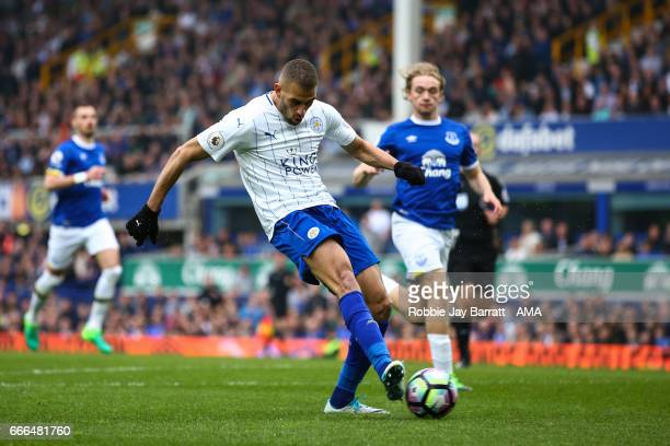 Islam Slimani of Leicester City scores a goal to make it 11 during the Premier League match between Everton and Leicester City at Goodison Park on...