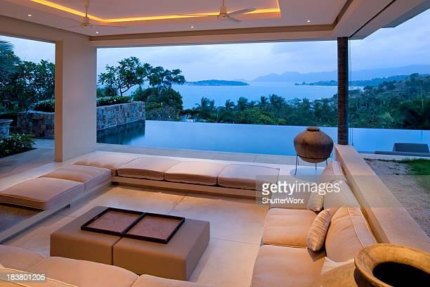 Salle de séjour de la suite Villa Island