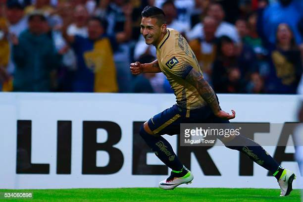 Ismael Sosa of Pumas celebrates after scoring the first goal of his team during a second leg match between Pumas UNAM and Independiente del Valle as...