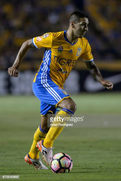 Ismael Sosa of Tigres drives the ball during the Final first leg match between Tigres UANL and Pachuca as part of the CONCACAF Champions League...