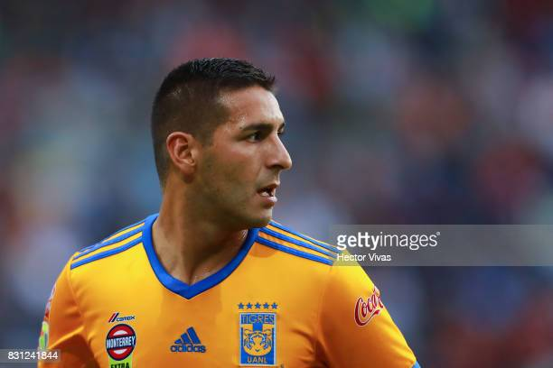 Ismael Sosa of Tigres looks on during the 4th round match between Pachuca and Tigres UANL as part of the Torneo Apertura 2017 Liga MX at Hidalgo...