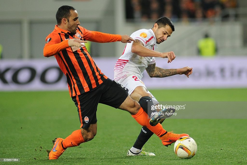 Ismaily of Shakhtar Donetsk (L) competes for the ball with Vitolo (R) of Sevilla FC during the UEFA Europa League Semi-finals soccer match between Shakhtar Donetsk and Sevilla FC at Lviv Arena stadium on April 28, 2016, in Lviv, Ukraine.