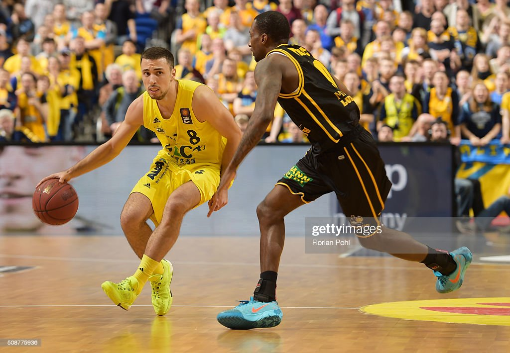 Ismet Akpinar of ALBA Berlin and Rocky Trice of the MHP Riesen Ludwigsburg during the game between Alba Berlin and the MHP Riesen Ludwigsburg on february 6, 2016 in Berlin, Germany.