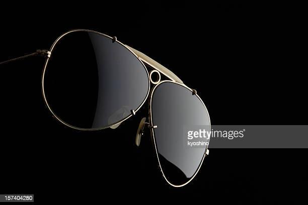 Isolé vue de lunettes de soleil sur fond noir