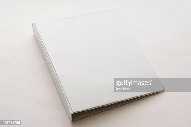 絶縁ショットの白い空白の白い背景の上のリングバインダー