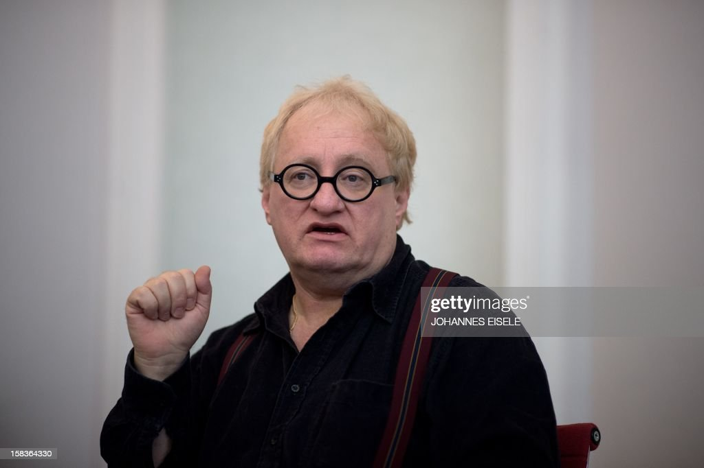 Israel born writer Tuvia Tenenbom addresses a press conference in Berlin on December 14, 2012.