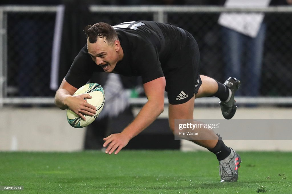 Israel Dagg of the All Blacks scores a try during the International Test match between the New Zealand All Blacks and Wales at Forsyth Barr Stadium on June 25, 2016 in Dunedin, New Zealand.