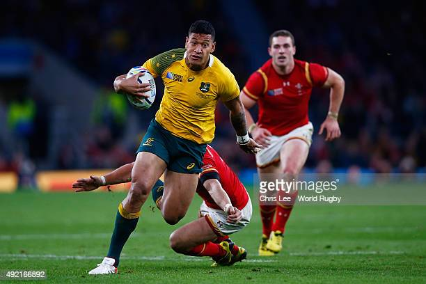Israel Folau of Australia makes a break during the 2015 Rugby World Cup Pool A match between Australia and Wales at Twickenham Stadium on October 10...