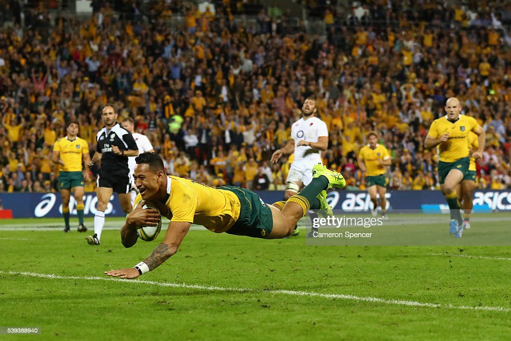 Israel Folau of the Wallabies scores a try during the International Test match between the Australian Wallabies and England at Suncorp Stadium on...