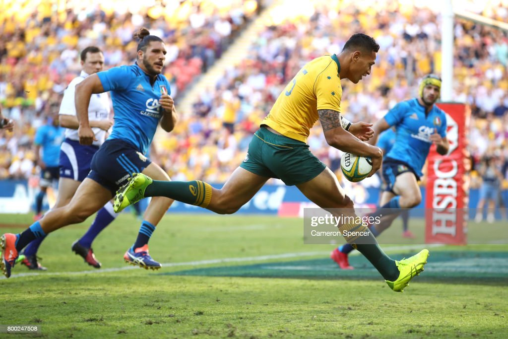 Israel Folau of the Wallabies scores a try during the International Test match between the Australian Wallabies and Italy at Suncorp Stadium on June 24, 2017 in Brisbane, Australia.