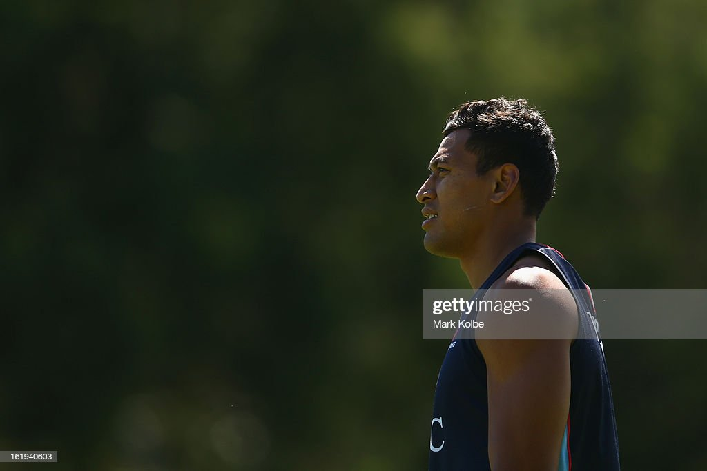 <a gi-track='captionPersonalityLinkClicked' href=/galleries/search?phrase=Israel+Folau&family=editorial&specificpeople=4194699 ng-click='$event.stopPropagation()'>Israel Folau</a> watches on during a Waratahs Super Rugby training session at Victoria Barracks on February 18, 2013 in Sydney, Australia.