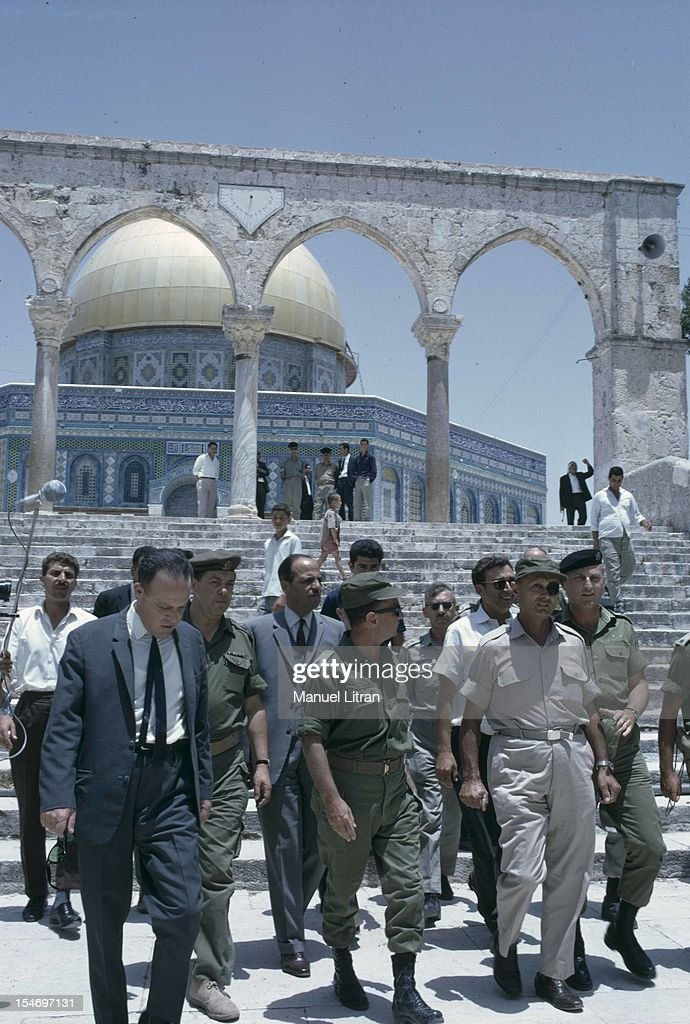 Israel, in July 1967, <a gi-track='captionPersonalityLinkClicked' href=/galleries/search?phrase=Moshe+Dayan&family=editorial&specificpeople=93808 ng-click='$event.stopPropagation()'>Moshe Dayan</a> visited the Temple Mount in Jerusalem, along with military, in the background the Dome of the Rock .
