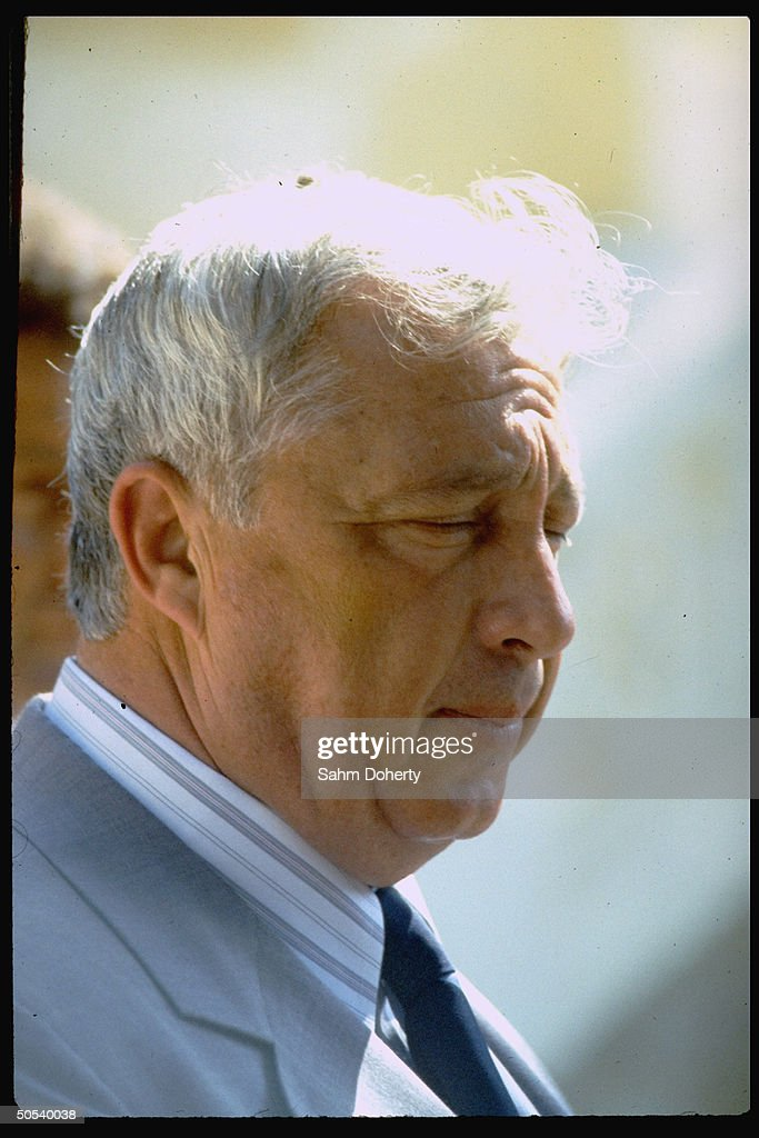 Israeli Agriculture Min Ariel Sharon at Barrages