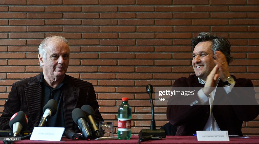 Israeli Argentinian-born conductor Daniel Barenboim speaks during a press confenrence on December 10, 2012 at the Auditorium Parco della Musica in Rome. Barenboim marks on December 13, his 60th year as a conductor with a special concert at the National Academy of Santa Cecilia in Rome. AFP PHOTO / ALBERTO PIZZOLI
