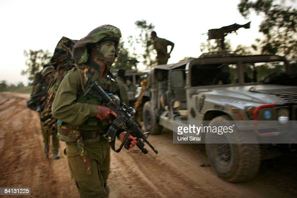 Israeli army special forces are deployed on December 28 2008 at the Gaza Israel border Israel launched a massive wave of air strikes on Hamas targets...