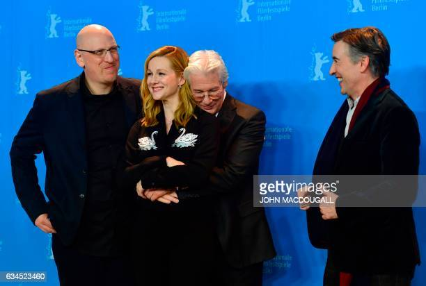 TOPSHOT Israeli director Oren Moverman US actress Laura Linney US actor Richard Gere and British actor Steve Coogan pose for photographers during a...
