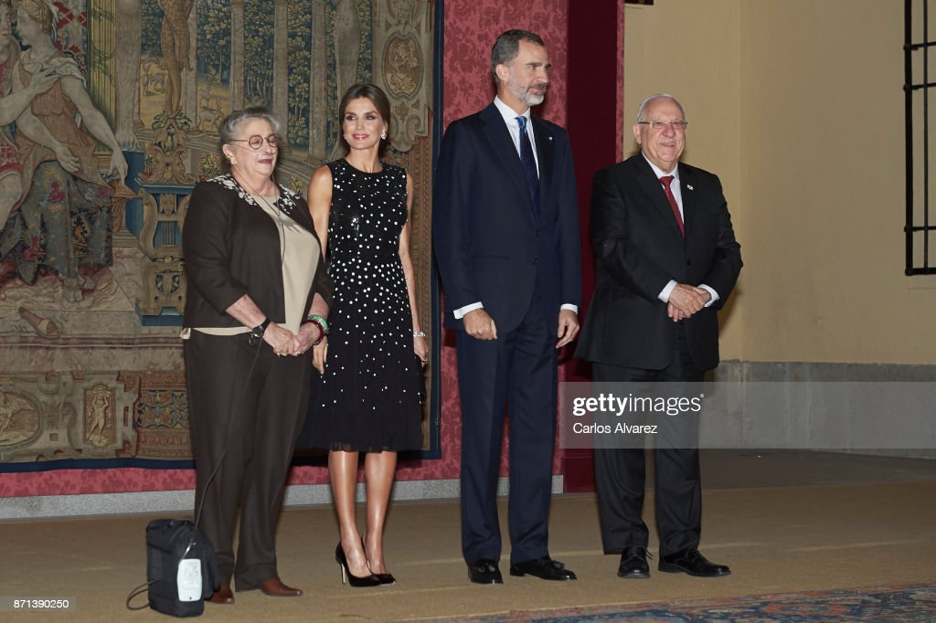 Israeli President Reuven Rivlin (R) and wife Nechama Rivlin (L) offer a reception in honour of King Felipe VI of Spain (2R) and Queen Letizia of Spain (2L) at El Pardo Palace on November 7, 2017 in Madrid, Spain.