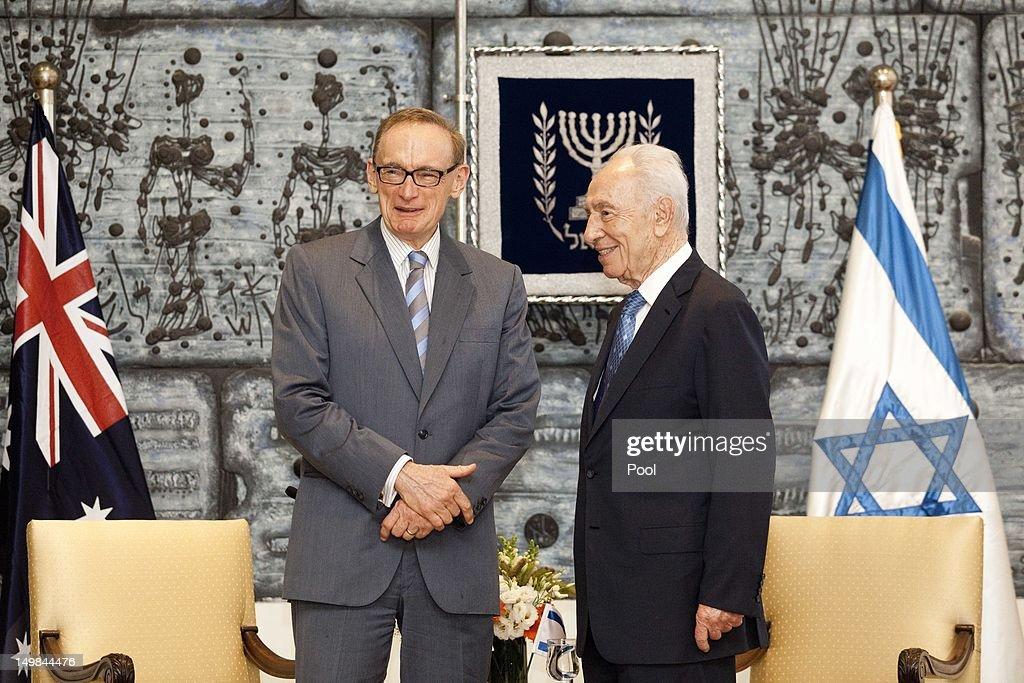 Israeli President <a gi-track='captionPersonalityLinkClicked' href=/galleries/search?phrase=Shimon+Peres&family=editorial&specificpeople=201775 ng-click='$event.stopPropagation()'>Shimon Peres</a> (R) holds talks with Australian Foreign Minister <a gi-track='captionPersonalityLinkClicked' href=/galleries/search?phrase=Bob+Carr&family=editorial&specificpeople=209391 ng-click='$event.stopPropagation()'>Bob Carr</a> during their meeting at the President's residence on August 05, 2012 in Jerusalem, Israel. According to reports, Carr is due to send officials from his office to monitor trials of Palestinian children sentenced to Israeli military prison.