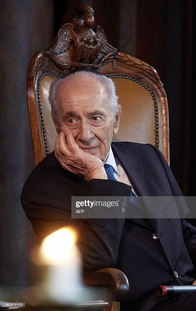 Israeli President Shimon Peres looks on during his visit to the Portuguese Synagogue on September 29, 2013 in Amsterdam, The Netherlands. Peres is on an official four-day visit to the Netherlands that includes a meeting with King Willem-Alexander and Dutch Prime Minister Mark Rutte.