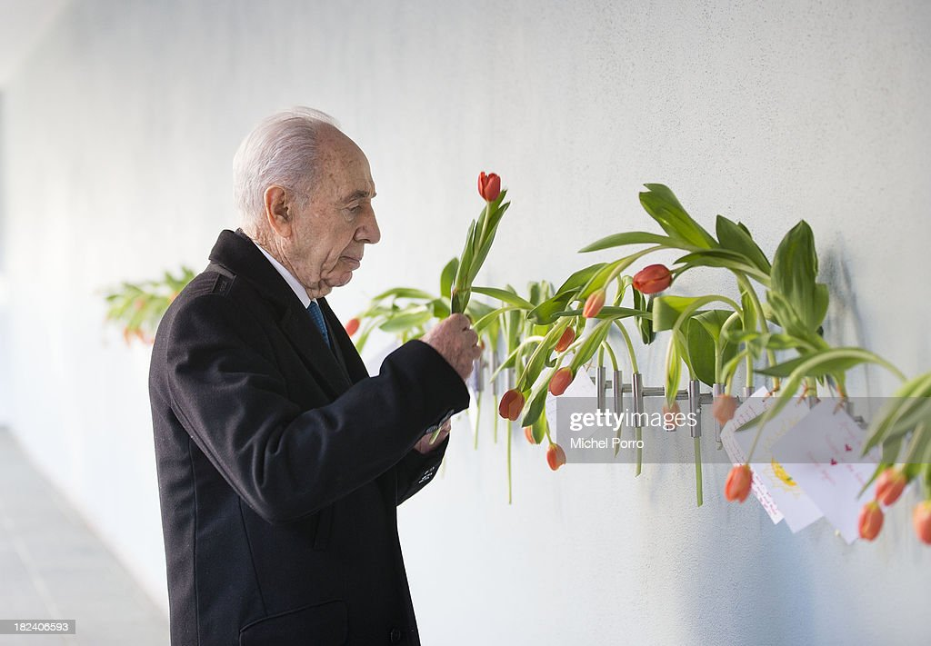 Shimon Peres Visits The Netherlands