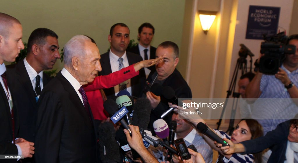 Israeli President Shimon Peres talks to journalists at the World Economic Forum on the Middle East and North Africa 2013 on May 26, 2013, in Dead Sea, Jordan. The forum runs May 24-26 and is being participated by 23 countries, under the theme of 'Advancing Conditions for Growth and Resilience.'