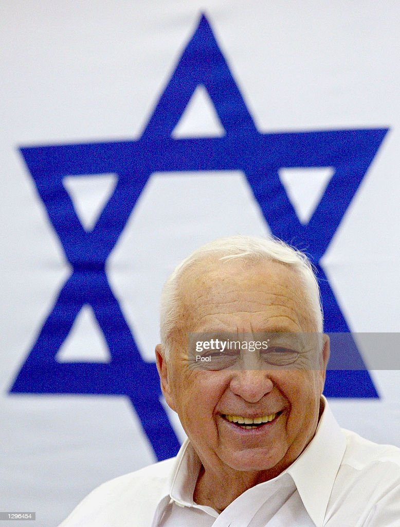 Israeli Prime Minister Ariel Sharon attends a meeting with Israeli soldiers August 6 2002 at the Bet El military base in the West Bank Israeli forces...