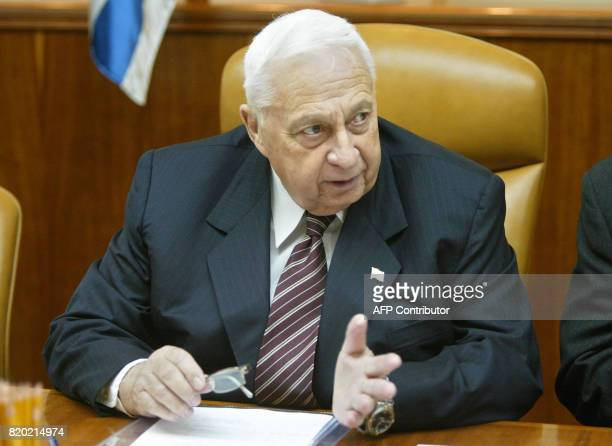Israeli Prime Minister Ariel Sharon speaks during the weekly cabinet meeting in Jerusalem 26 October 2003 Israel cabinet briefed by chief of staff...