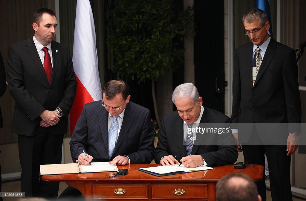 Israeli Prime Minister <a gi-track='captionPersonalityLinkClicked' href=/galleries/search?phrase=Benjamin+Netanyahu&family=editorial&specificpeople=118594 ng-click='$event.stopPropagation()'>Benjamin Netanyahu</a> (R) and his counterpart Czech Prime Minister <a gi-track='captionPersonalityLinkClicked' href=/galleries/search?phrase=Petr+Necas&family=editorial&specificpeople=3014277 ng-click='$event.stopPropagation()'>Petr Necas</a> sign a bilateral agreement at Netanyahu's residency on September 15, 2011 in Jerusalem, Israel. Netanyahu has stated that he will speak at the United Nations next week to outline Israel's position regarding petitions by the Palestinian territories to be recognised as a member state, a position that the Czech Republic is expected to support in line with a handful of other nations.