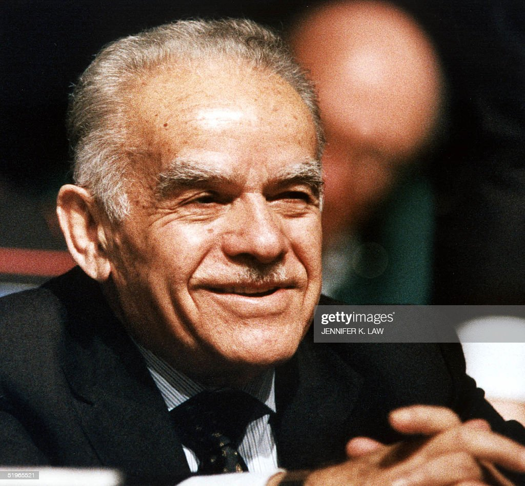 Israeli Prime Minister Yitzak Shamir listens to introductions before he addresses a convention of US Jewish leaders 21 November 1991 in Baltimore...