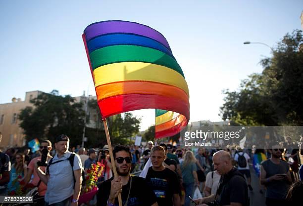 Israelis take part in the annual Gay Pride parade in Jerusalem on July 21 2016 in Jerusalem Israel Jerusalem's gay pride parade kicked off on...
