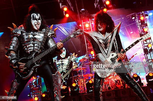 IsraeliUS singer and guitarist Gene Simmons and US guitarist Tommy Thayer of US rock band Kiss perform on stage at the Zenith in Paris on June 16...