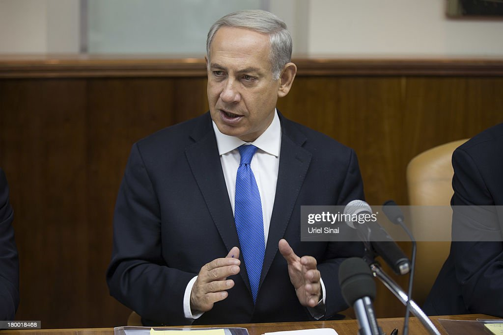 Israel's Prime Minister Benjamin Netanyahu chairs the weekly cabinet meeting on September 8, 2013 in Jerusalem, Israel.