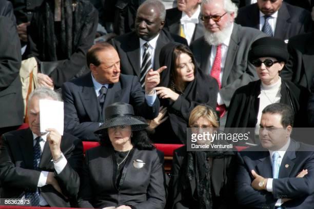 Italia Prime Minister Silvio Berlusconi and wife Veronica Lario