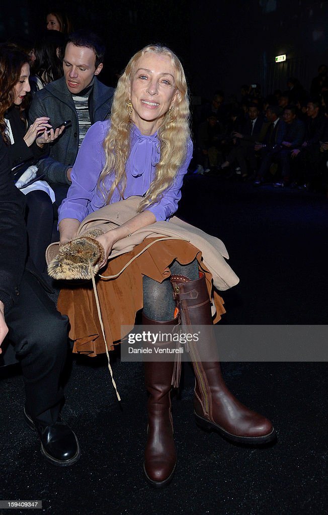 Italia Vogue editor-in-chief <a gi-track='captionPersonalityLinkClicked' href=/galleries/search?phrase=Franca+Sozzani&family=editorial&specificpeople=639425 ng-click='$event.stopPropagation()'>Franca Sozzani</a> attends the Salvatore Ferragamo show as a part of Milan Fashion Week Menswear Autumn/Winter 2013 on January 13, 2013 in Milan, Italy.