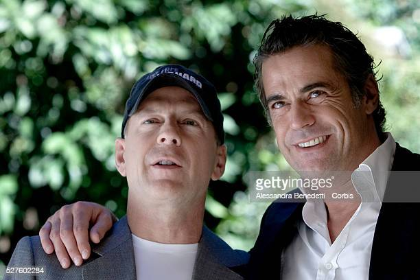 Italian actor Edoardo Costa and American actor Bruce Willis at the photo call for 'Die Hard 4 Live Free or Die Hard' in Rome