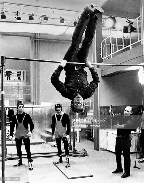 Italian actor Terence Hill training on the bar before the beginning of the shooting of the film Watch Out We're Mad Rome 1974