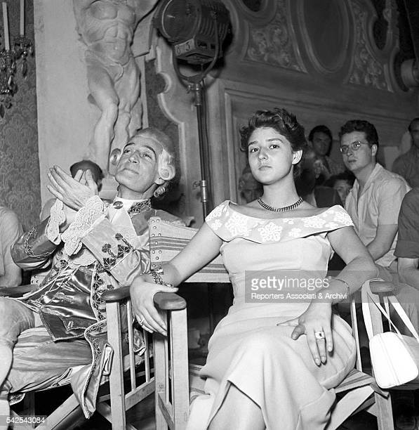 Italian actor Tot˜ and his daughter Liliana during a break on a movie set in Cinecittˆ Rome 1950