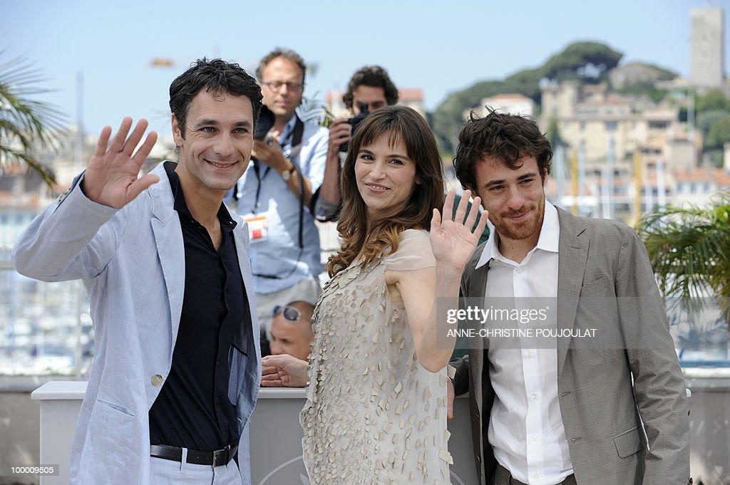 Italian actors Elio Germano (R), Stefania Montorsi and Raoul Bova pose during the photocall of 'La Nostra Vita' (Our Life) presented in competition at the 63rd Cannes Film Festival on May 20, 2010 in Cannes.