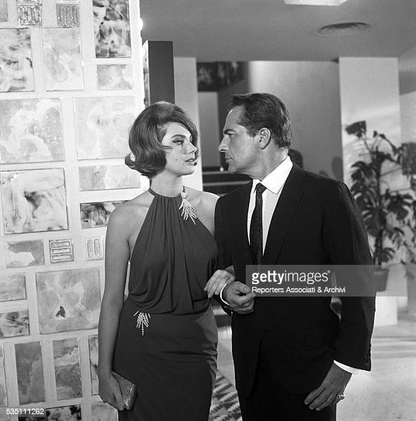 Italian actors Rossano Brazzi and Sylva Koscina looking into each other eyes in the segment La lepre e la tartaruga from the film Three Fables of...
